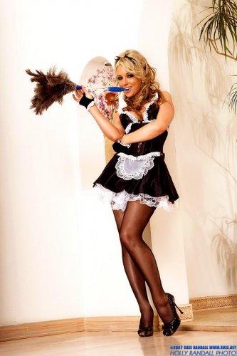 Самая сексуальная домработница в мире Kayden Kross
