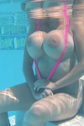Nadine Jansen - Pink SwimSuit
