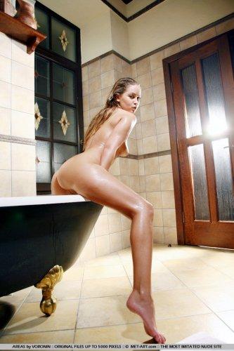 Эротика в ванной