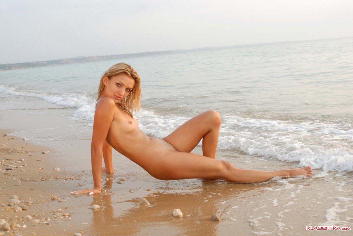 Русское порно на морском побережье 25 фотография