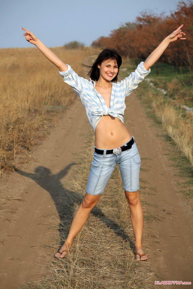 Абсолютно согласен предыдущим девушки фото голые скрытая камера брать расчёт повторения, целом