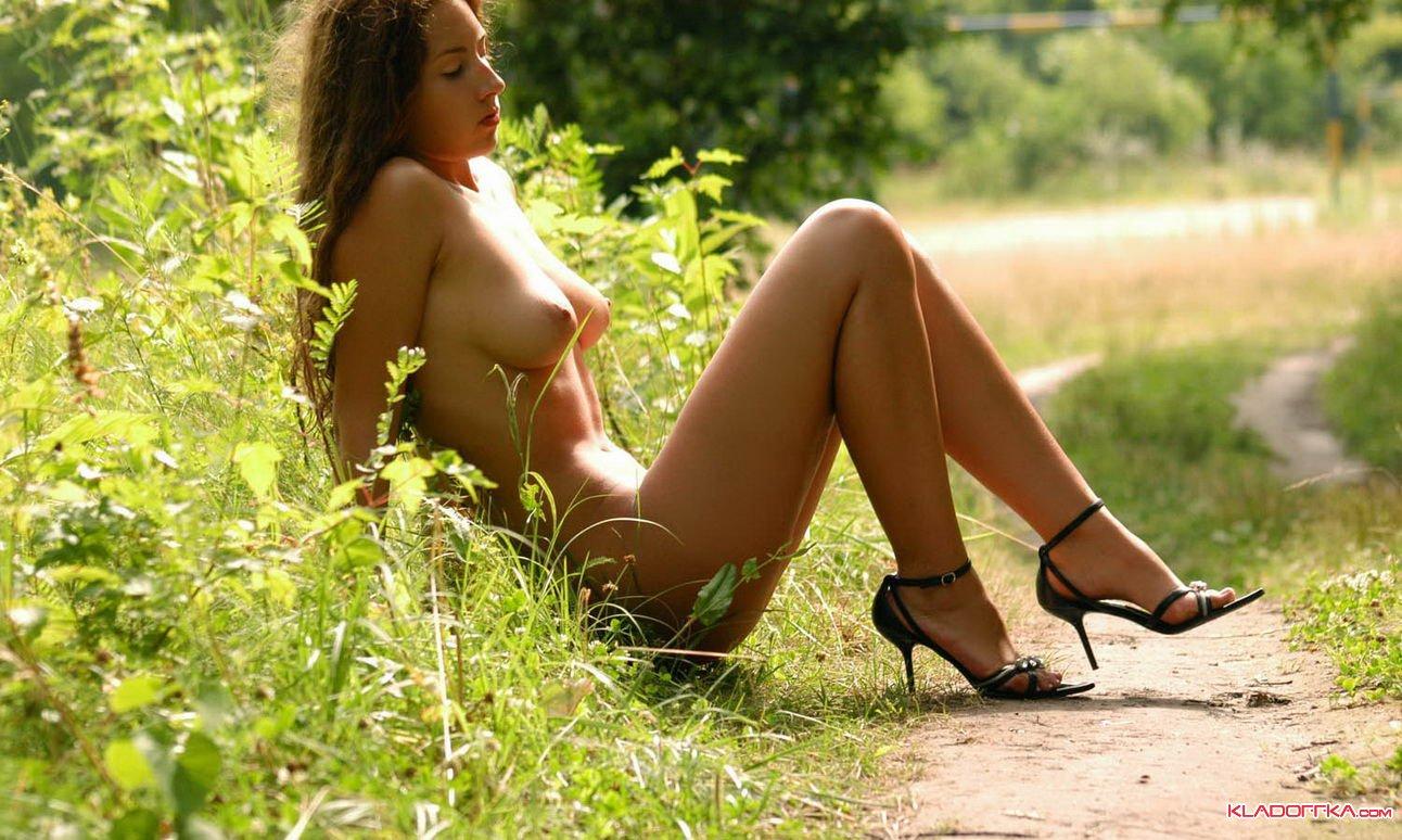 Порно с миланой лесных
