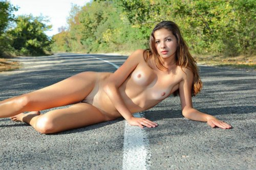 Инна на дороге