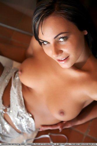 Nataly на полу