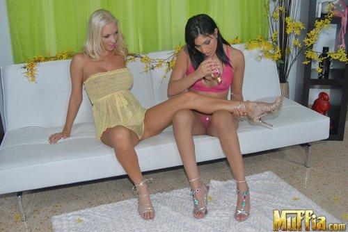 Blonde Molly Cavalli and brunette Kyra Fox have lesbian sex with pink strap-on
