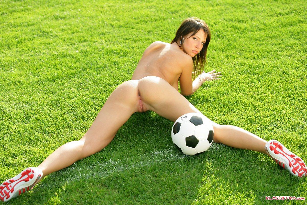 Секс с футболистом смотреть 20 фотография