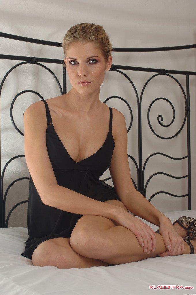 Красивые голые девушки иветта фото 260-533