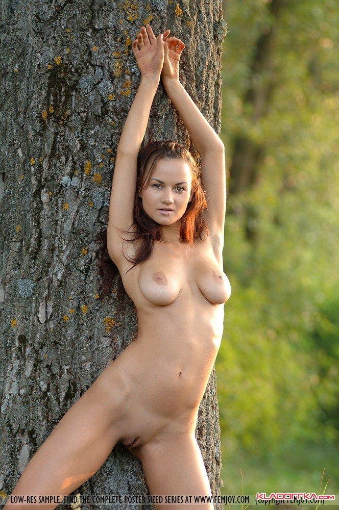 Порно видео телочки показывают прелести на пляже — photo 9