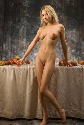 Фотосессия с яблоками
