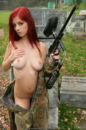 Снайперша Ariel