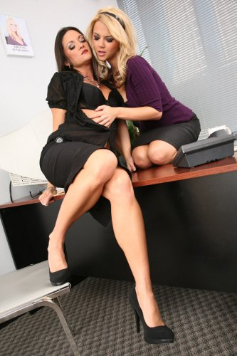 Ashlynn Brooke & Stephanie Swift