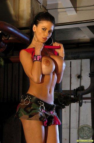 Universal soldier Veronica Zemanova