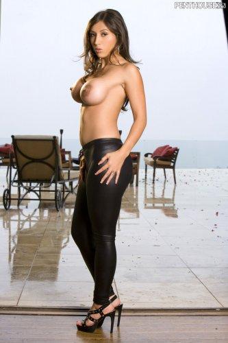 Alexis Breeze