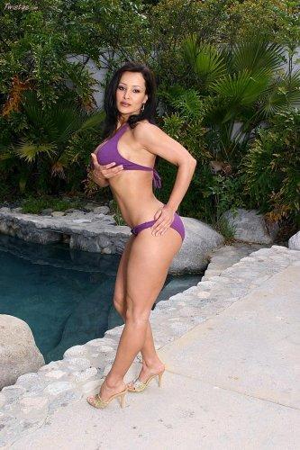 Lisa Ann в бикини
