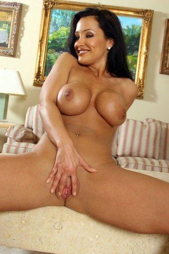 Lisa Ann и её сексуальное тело