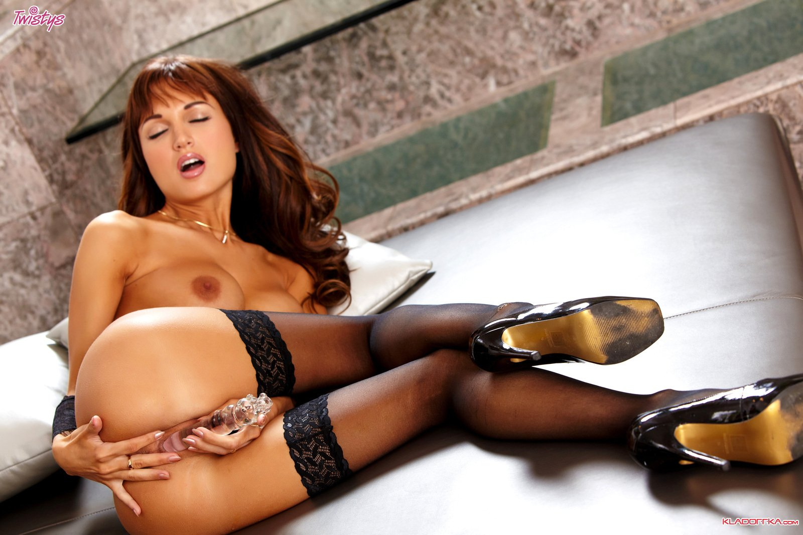 Roxanne порно актриса