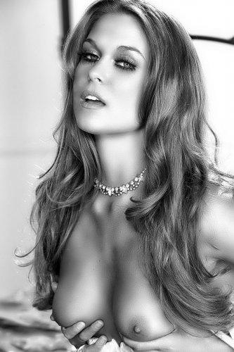 Adrienne Manning � �����-����� �����