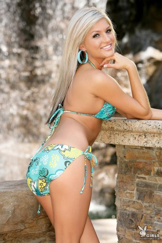 Brittany Nicole � ��������