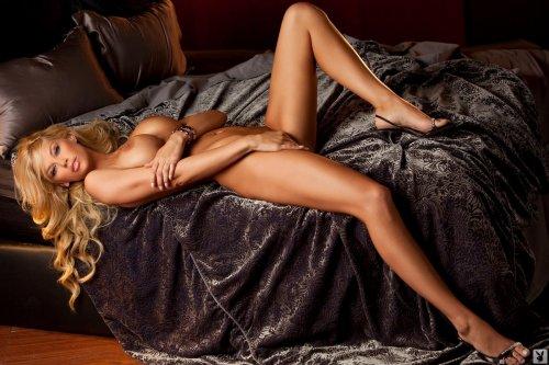 Шикарная и голая Jessa Hinton