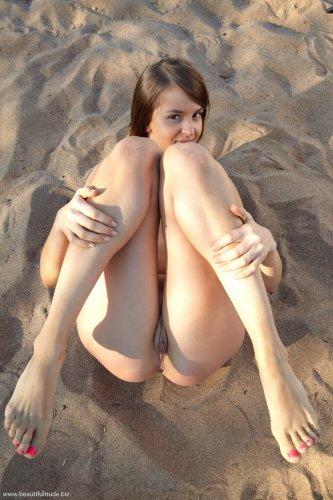 Света на городском пляже