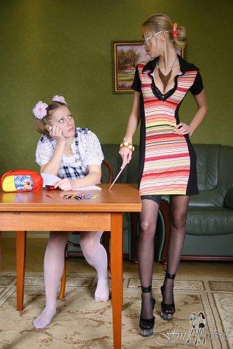 Уроки разврата с Аней и Машей