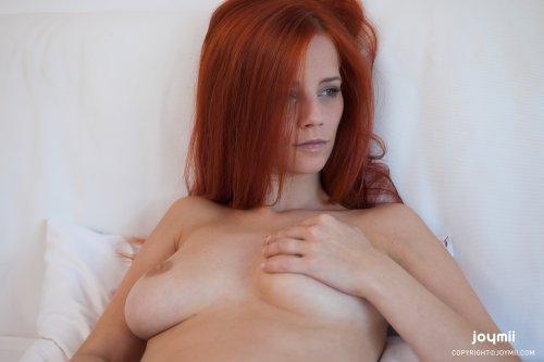 Ariel с крутым вибратором