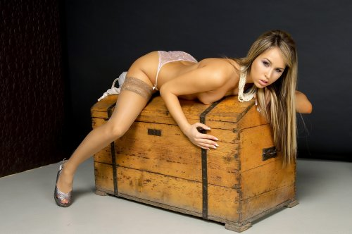 Шикарная девушка Aleska Diamond