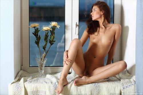 Ирина на окне