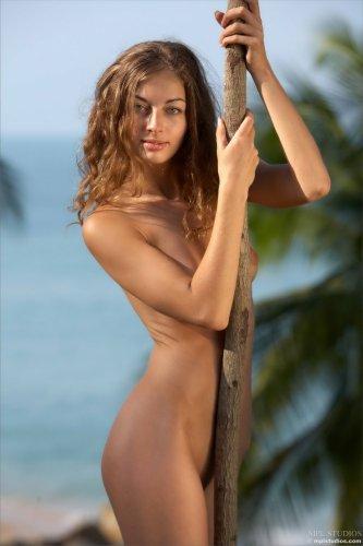 Саша на острове