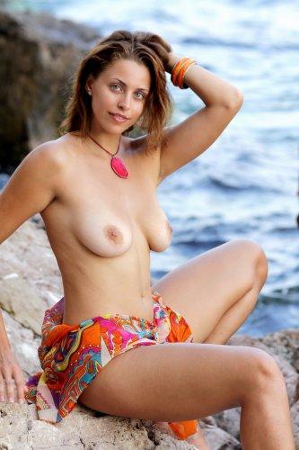Черноморская красавица Лена