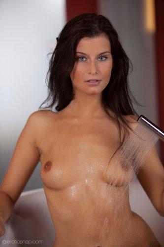 Megan ��������� �����