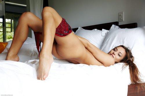 Dominika в постели