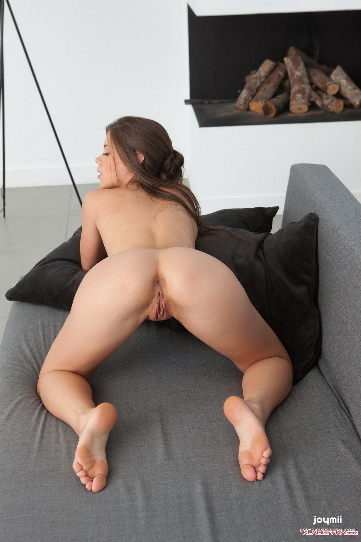 Сладкая малышка порно фильм онлайн