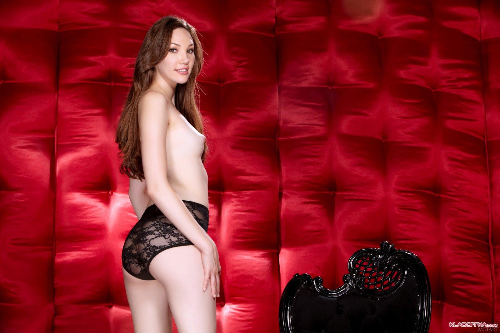 Aria Amor порнозвезда