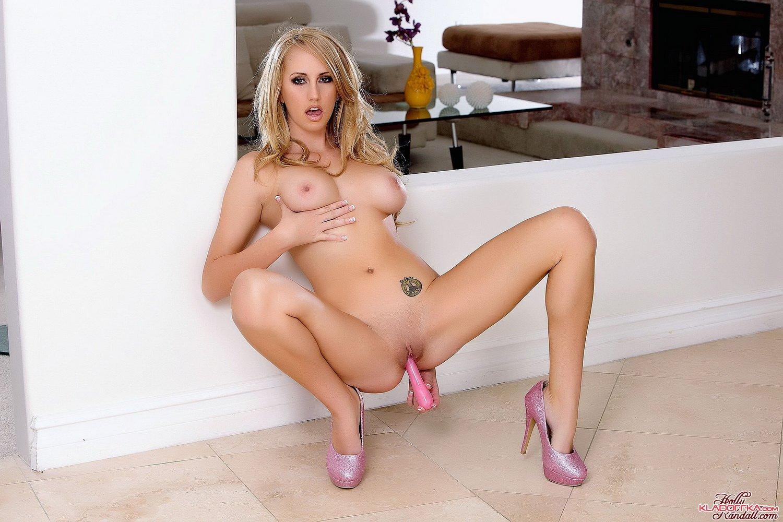 миа малкова и бретт росси порно 2013 фото
