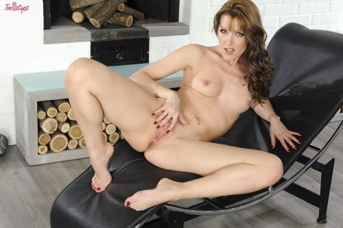 Сексуальный печник Sophie Moone