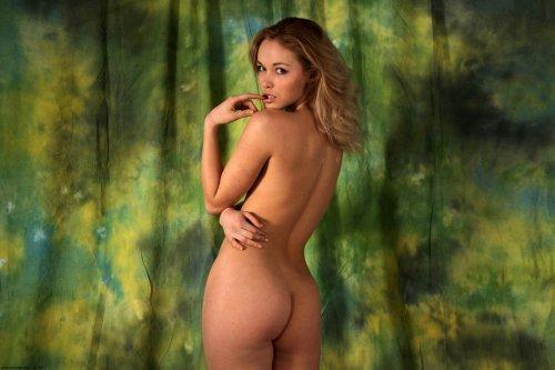Laetita (Alissa White)