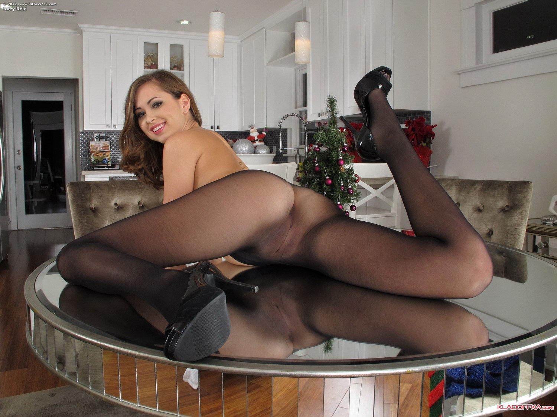 Видео секс за праздничным столом