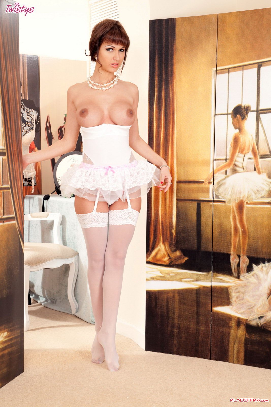 Roxanne milana порно фото