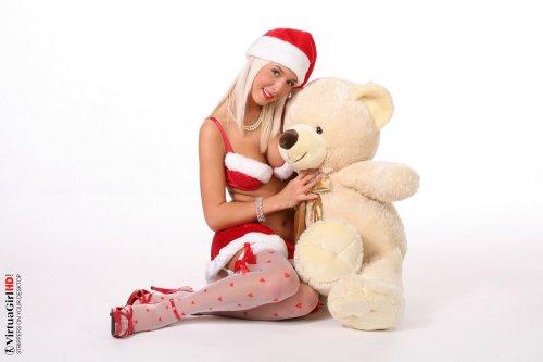 Natali Blond с медведями