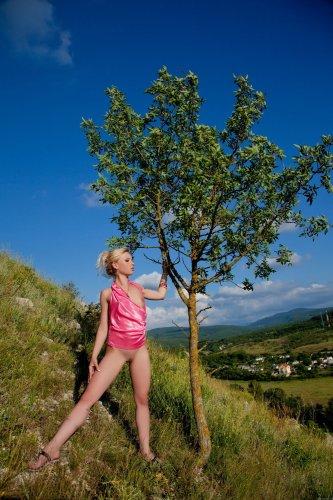 Isabella в горах