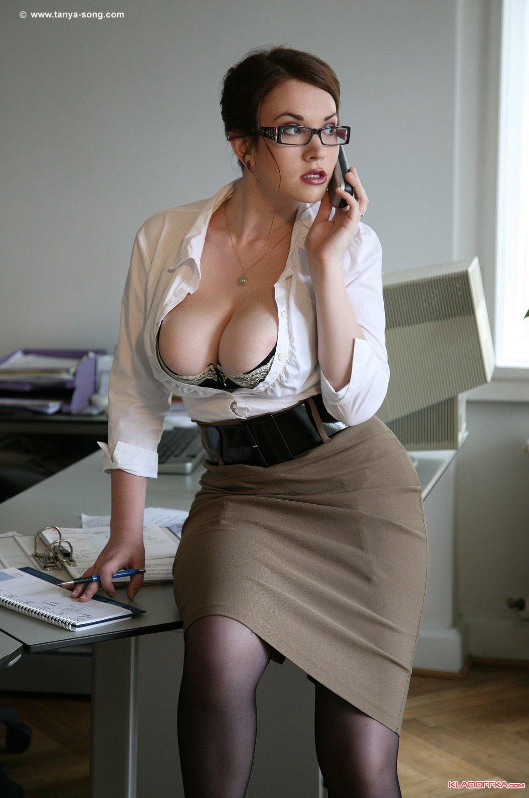 Русские офисные шлюшки 15 фотография