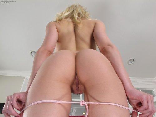 Ashley Jane в розовом