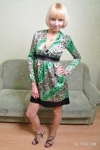 Блондинка Виктория