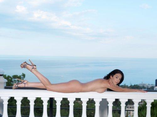 Helen с длинными ножками