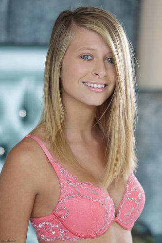 Lauren Clare