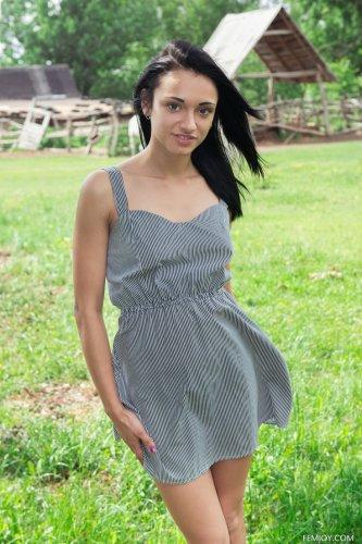 Valeria E