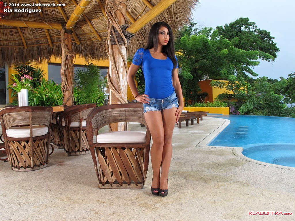 Ria Rodriguez ню фото