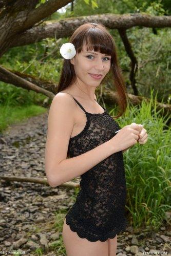 Lina S