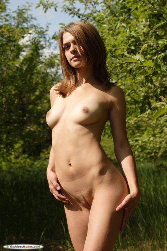 Alina F